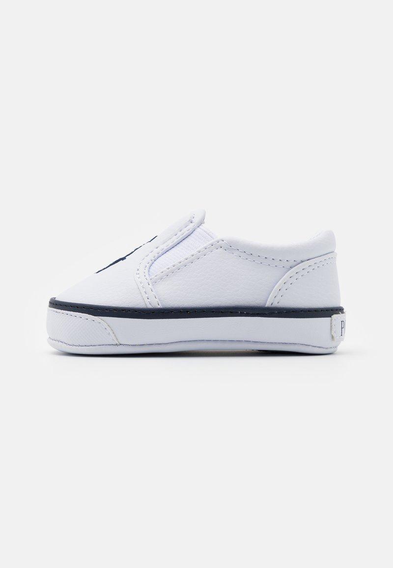 Polo Ralph Lauren - BAL HARBOUR LAYETTE UNISEX - Chaussons pour bébé - white/navy