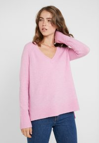 J.CREW - SUPERSOFT V-NECK - Jumper - wild petunia - 0