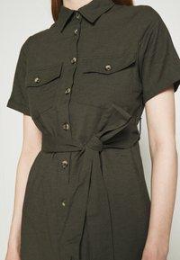 Dorothy Perkins - MIDI SHIRT DRESS - Košilové šaty - khaki - 5