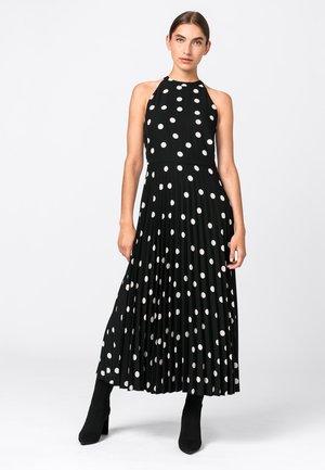 MIT TUPFENPRINT - Day dress - schwarz