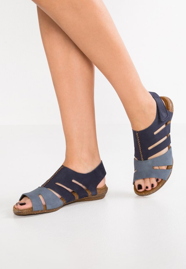 WAKATAUA - Ankle cuff sandals - ocean