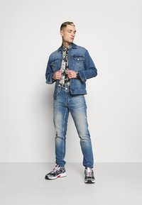 Only & Sons - ONSCOME LIFE TRUCKER - Jeansjacka - blue denim - 1