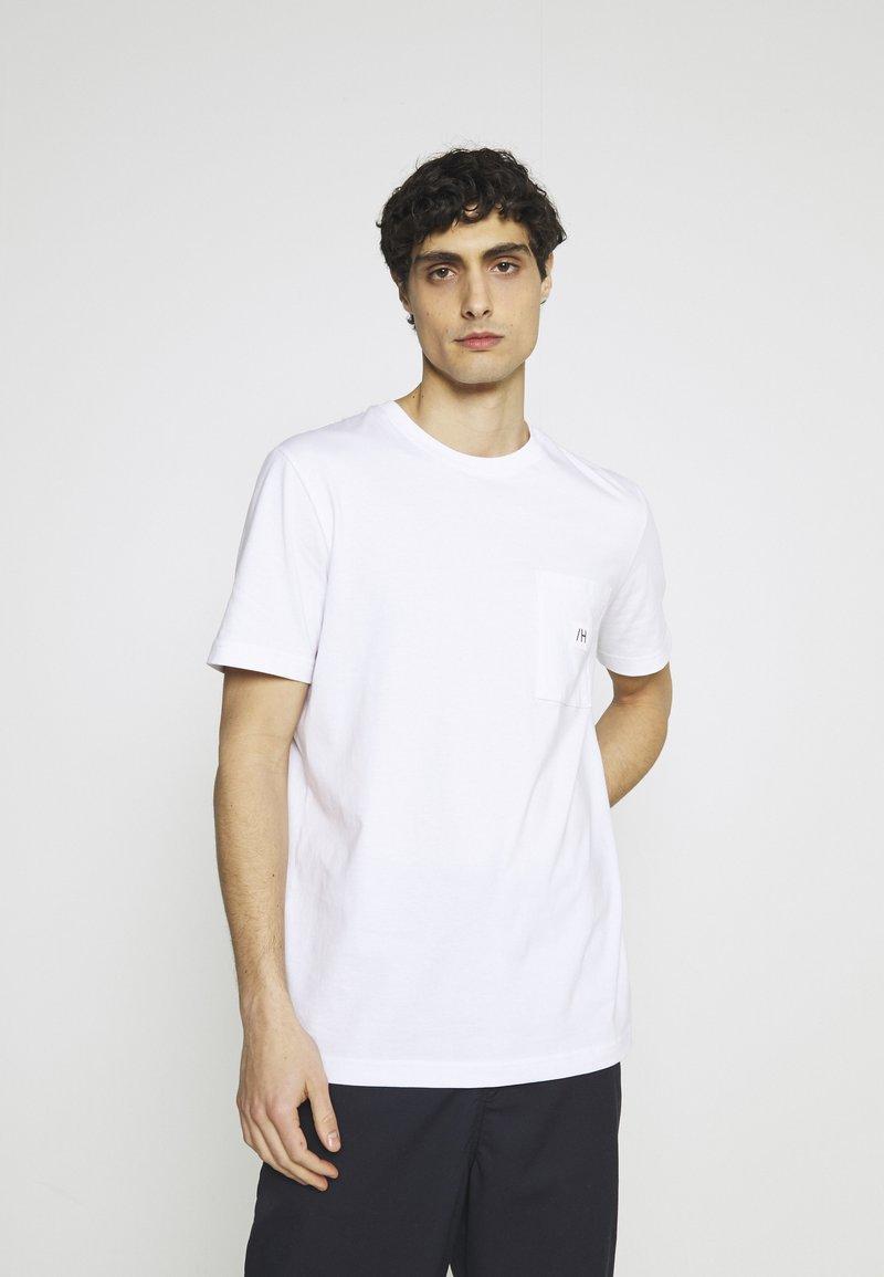 Selected Homme - SLHENZO POCKET O NECK TEE - Basic T-shirt - bright white