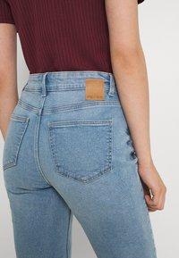 Pieces - PCLUNA  - Jeans straight leg - medium blue denim - 3