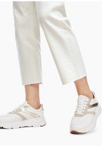 s.Oliver - Straight leg jeans - beige - 5