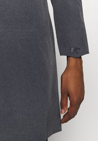 Arc'teryx - SANDRA COAT WOMEN'S - Waterproof jacket - black heather - 6