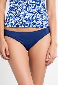 Lauren Ralph Lauren - BCS SOLID HIPSTER LOGO PLATE - Bikini bottoms - sapphire - 0