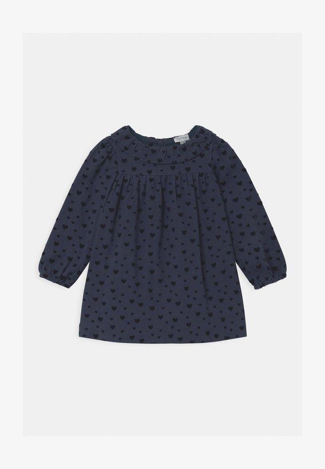 Košilové šaty - sargasso sea