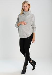 Seraphine - ALMA - Sweter - grey/black - 1