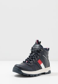 Tommy Hilfiger - Bottines à lacets - blue - 2