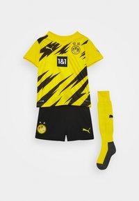 Puma - BVB BORUSSIA DORTMUND HOME MINI KIT - Klubové oblečení - cyber yellow/black - 0