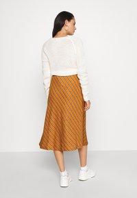 Nümph - NUBUNTY SKIRT - A-line skirt - buck brown - 2