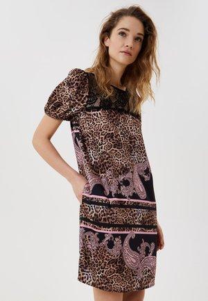 Denní šaty - animalier