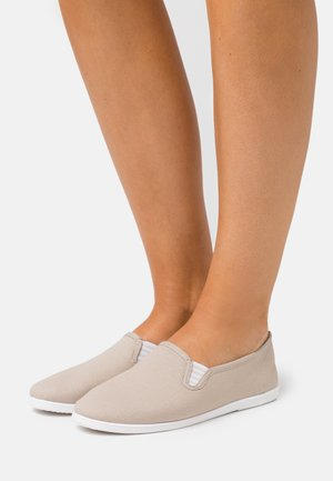 Loafers - light grey