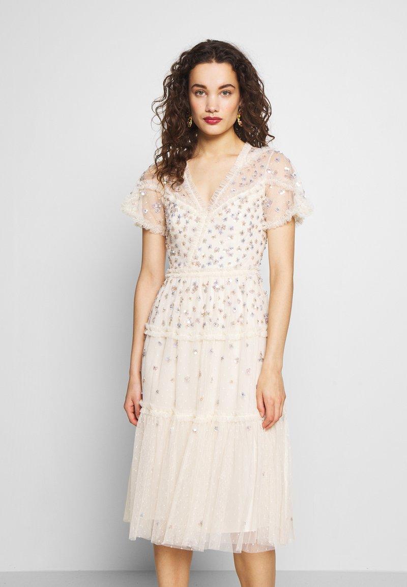 Needle & Thread - RUFFLE GLIMMER DRESS - Vestido de cóctel - offwhite