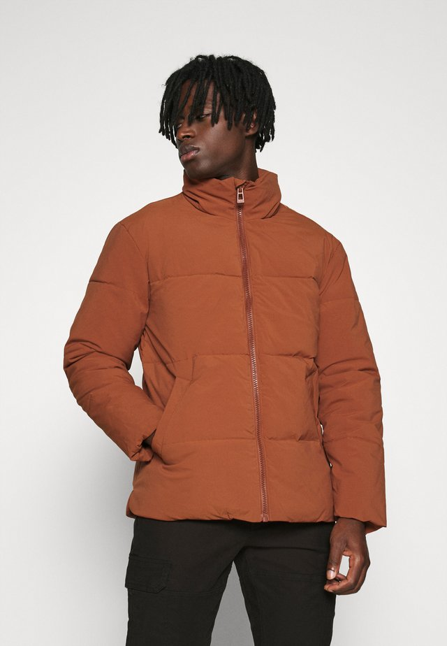 LUCKY PUFFER - Winter jacket - rust