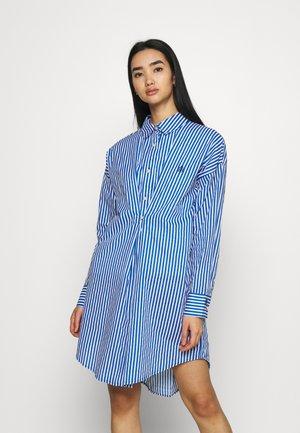 DAYNA ADJUST DRESS - Skjortekjole - blue