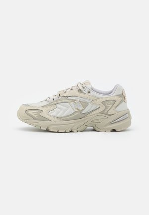 ML725 - Sneakers laag - oyster