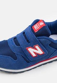 New Balance - IV373SNW - Zapatillas - blue - 5