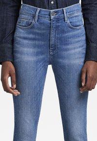 G-Star - G-STAR SHAPE HIGH SUPER SKINNY - Jeans Skinny Fit - medium aged - 3