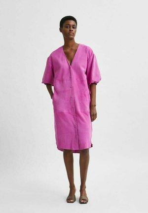 Robe chemise - rose violet