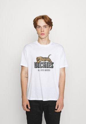 TIGER TEE - Printtipaita - white