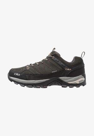 RIGEL LOW TREKKING SHOES WP - Hiking shoes - arabica/sand
