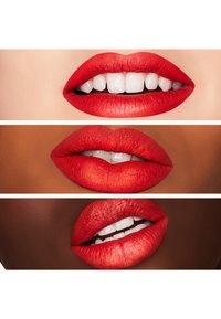MAC - RETRO MATTE LIQUID LIP COLOUR - Liquid lipstick - quite the standout - 2