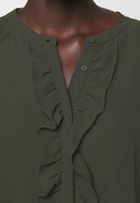 Bruuns Bazaar - MILLEH IDOH DRESS - Shirt dress - green night - 4