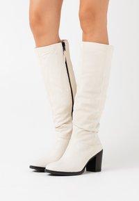 MJUS - Vysoká obuv - panna - 0