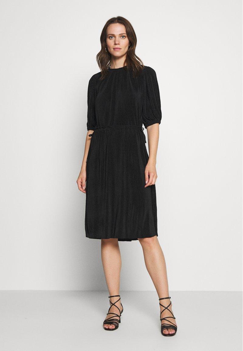 InWear - KARLO DRESS - Vestito estivo - black