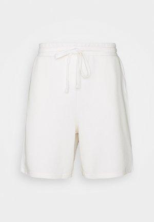 BASIC - Shorts - off white