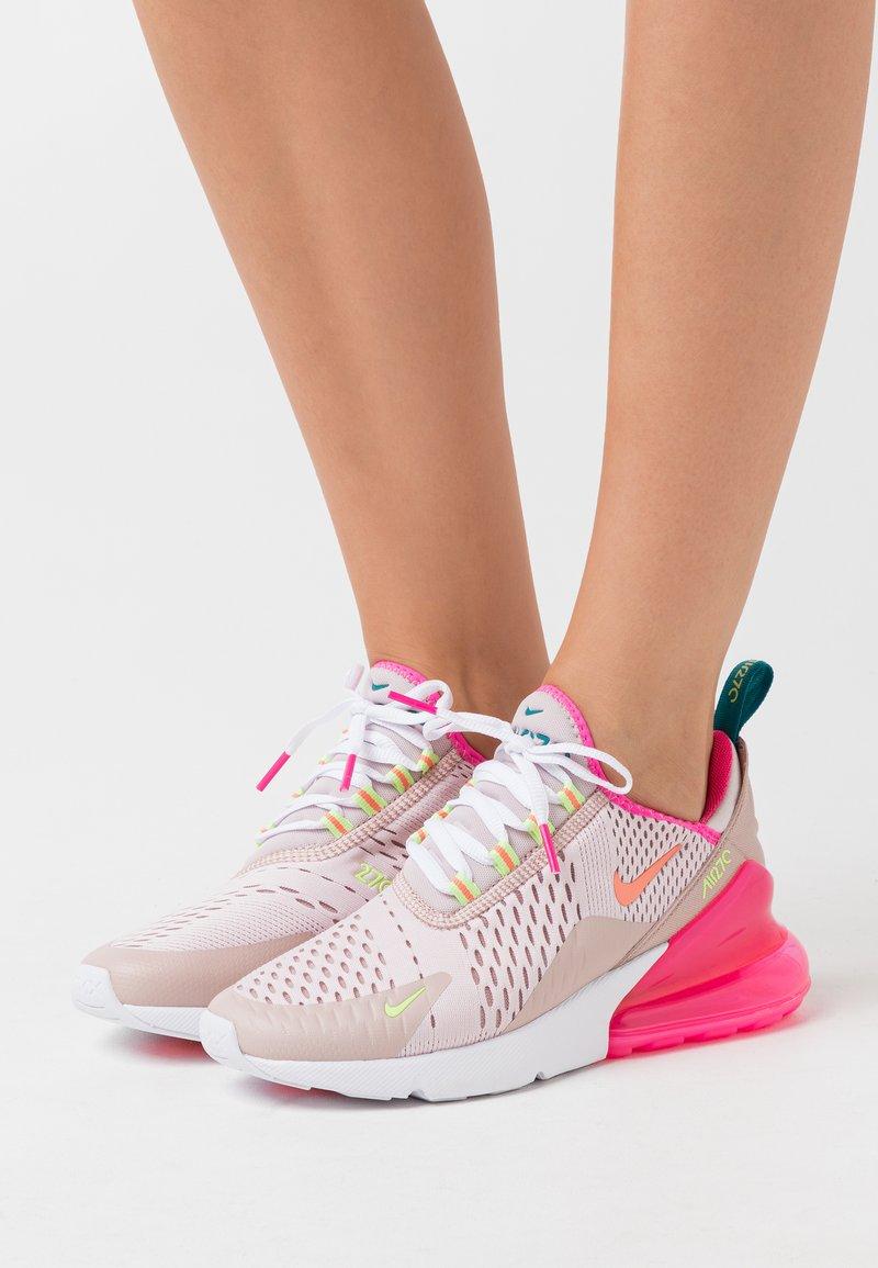 Nike Sportswear - AIR MAX 270 - Tenisky - barely rose/atomic pink/ston mauve