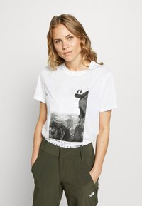 The North Face - WOMAN DAY TEE - T-Shirt print - white - 0