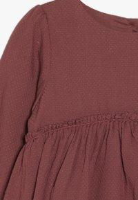 Wheat - DRESS MAGDA BABY - Juhlamekko - dark rouge - 2