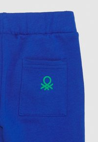 Benetton - BASIC BOY SET - Mikina - blue - 3