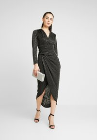 WAL G. - STAR GLITTER WRAP DRESS - Cocktailkjole - black