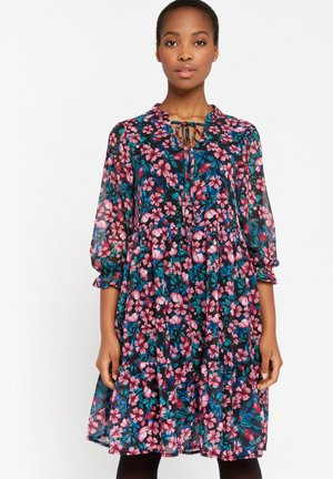 WITH FLOWER PRINT - Day dress - light pink