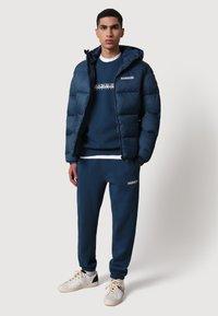 Napapijri - B-BOX - Sweatshirt - blue french - 1