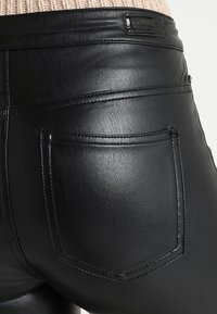 ONLY - ONLCRUSH HIGH WAIST ANKLE PANT  - Trousers - black - 5