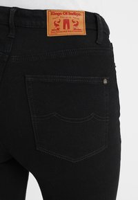 Kings Of Indigo - CHRISTINA HIGH - Jeans Skinny Fit - stay black - 6