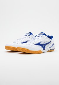Mizuno - WAVE DRIVE 8 - Sportovní boty - white/reflex blue - 1