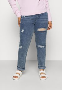 Missguided Plus - DISTRESSED DETAIL WASHED  - Relaxed fit jeans - blue - 0
