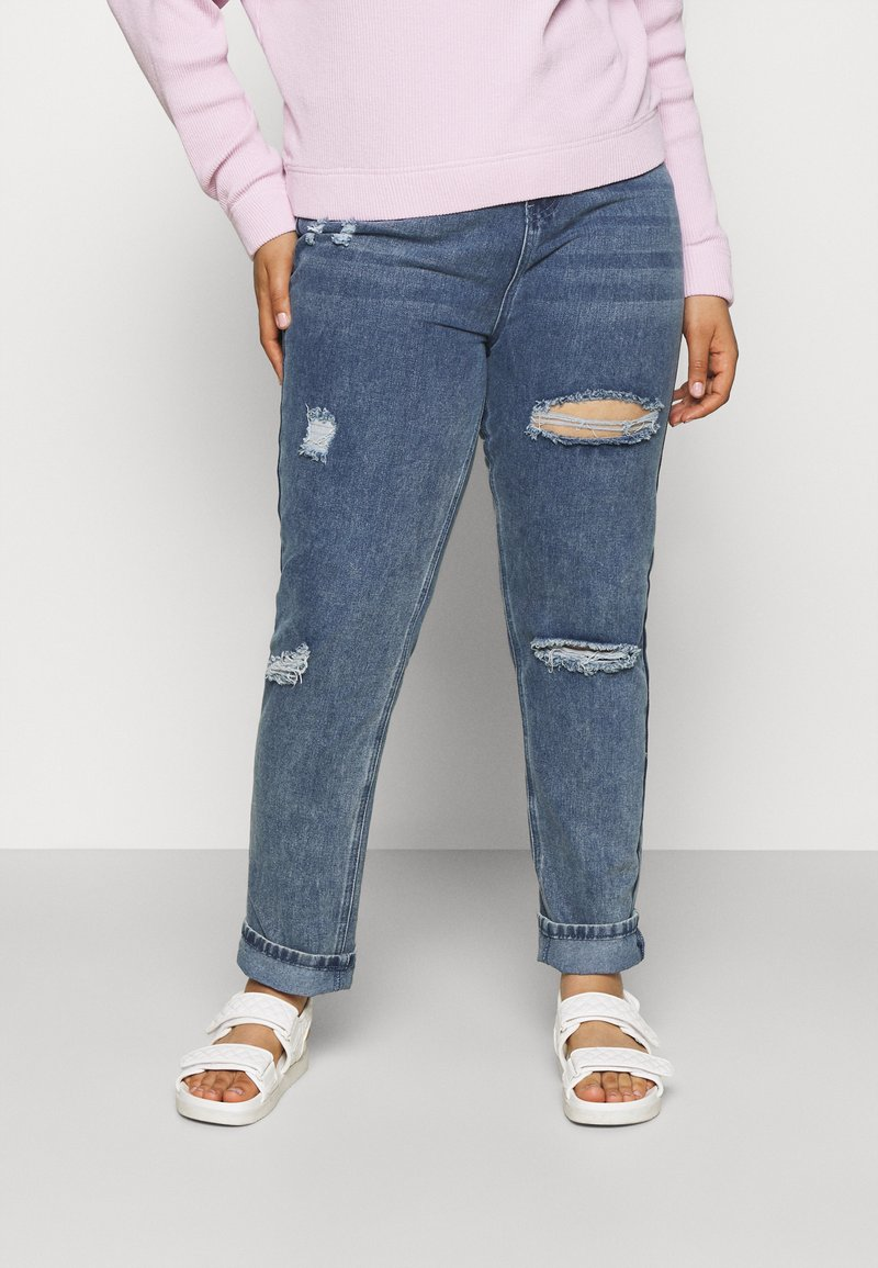 Missguided Plus - DISTRESSED DETAIL WASHED  - Relaxed fit jeans - blue