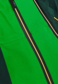 CMP - MAN JACKET HOOD - Ski jas - green - 6