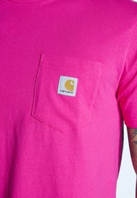 Carhartt WIP - Basic T-shirt - ruby pink - 5