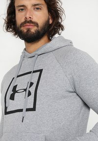 Under Armour - RIVAL LOGO HOODY - Sweat à capuche - steel light heather/black - 5