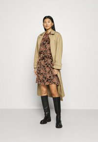 Esqualo - DRESS FLOWER PRINT - Day dress - multicoloured - 1