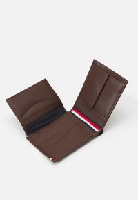 Tommy Hilfiger - BUSINESS FLAP AND COIN - Portemonnee - black - 2