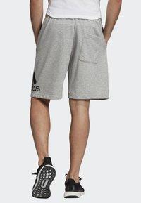 adidas Performance - MUST HAVES BADGE OF SPORT SHORTS - Sports shorts - gray - 1